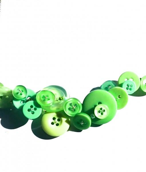 spring green button necklace