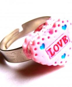 love heart ring